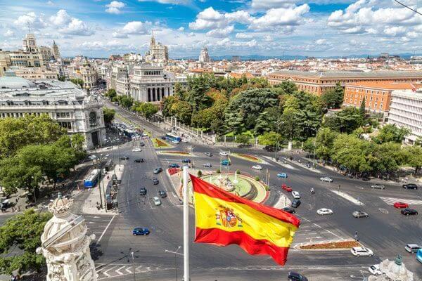 Yurtdışında Ev Alana Oturma izni Veren 12 Ülke
